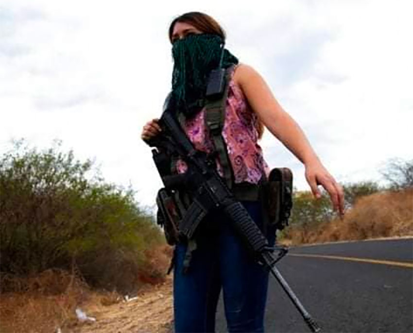 Women take up arms to protect their homes from CJNG in Michoacán thumbnail