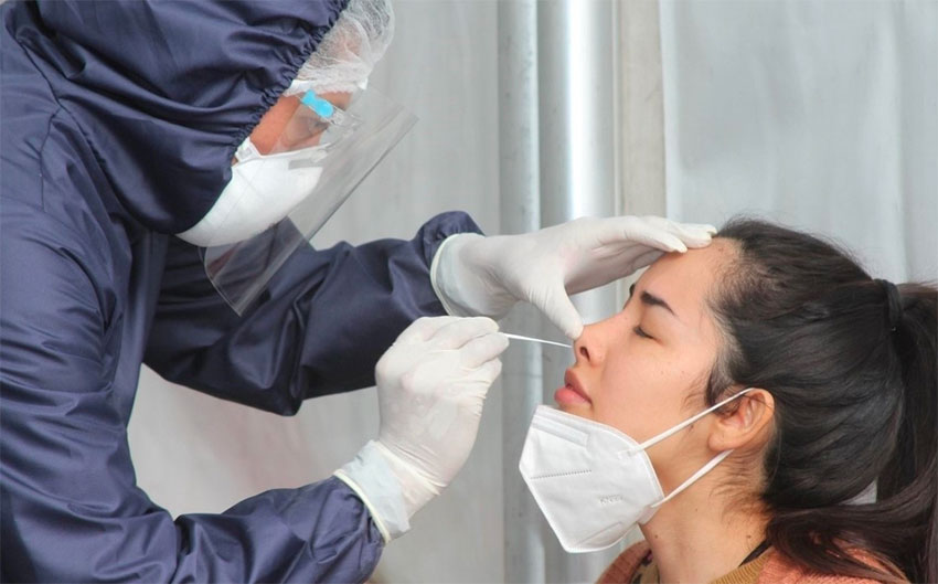 Both rapid testing in Mexico City and vaccinations resumed Saturday.
