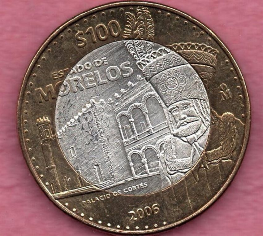 100-peso commemorative coin with a Chinelo representing the state of Morelos.