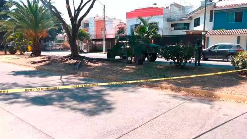 A body was found wrapped in a tarp in Tonalá on Thursday.