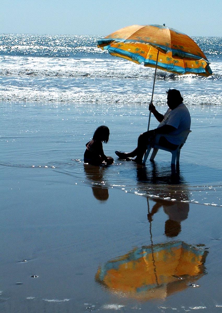 Who needs sunscreen in San Blas when you've got an umbrella?