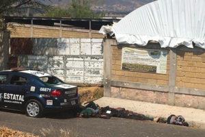 The México state ambush left 13 officials dead.
