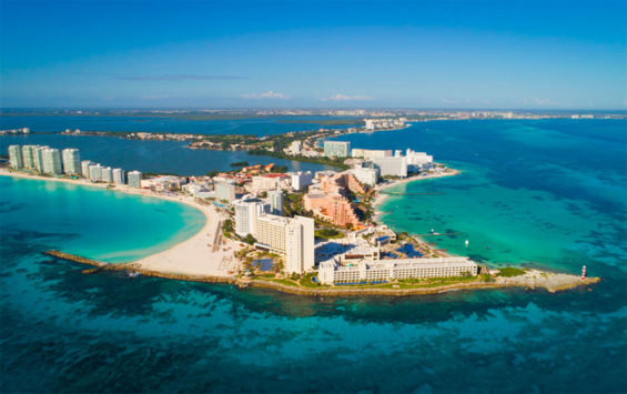Low hotel occupancy is predicted in Cancún this weekend.