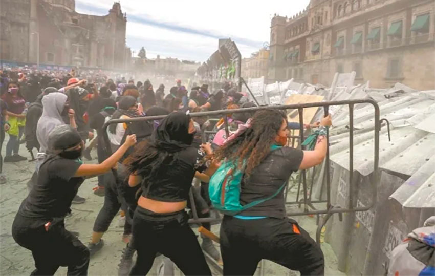 women protesters
