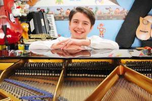 Alexander Vivero: music is his passion.