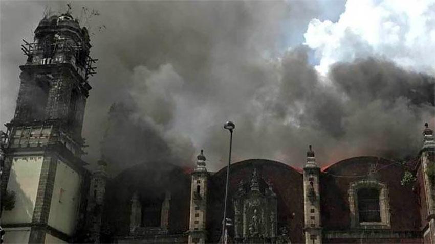 A fire at the Santa Veracruz church last August.