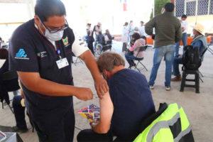 A vaccination center in Hidalgo.