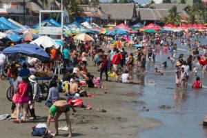 A popular beach in Veracruz on the weekend.