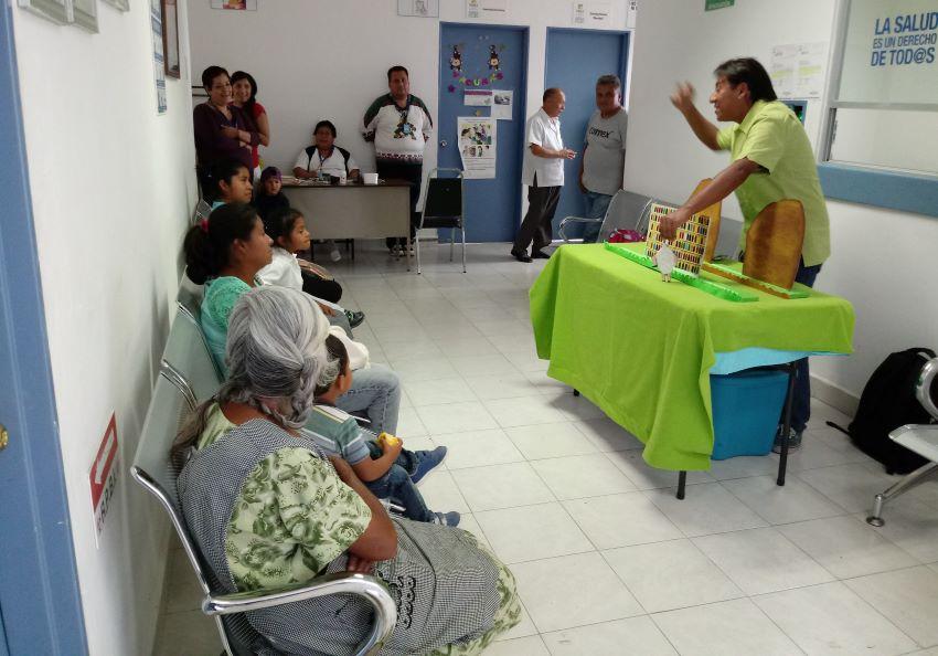 Ledezma performing at a rural hospital (pre-pandemic) in Puebla.