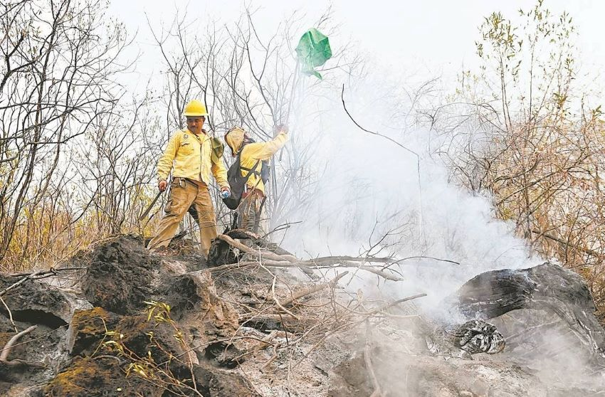 Morelos firefighter Jacobo Rivera López said he felt fear and loss as he fought fires in the national park.
