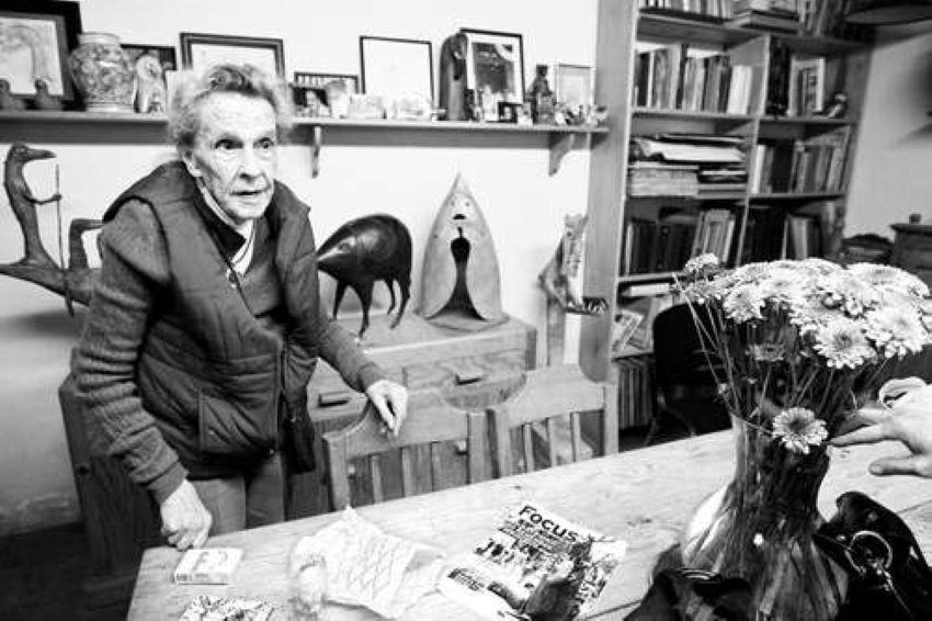 British surrealist artist Leonora Carrington in her Mexico City home in 2010.