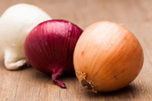 If you find onions in Mexican markets with the papery skin still on, grab 'em.