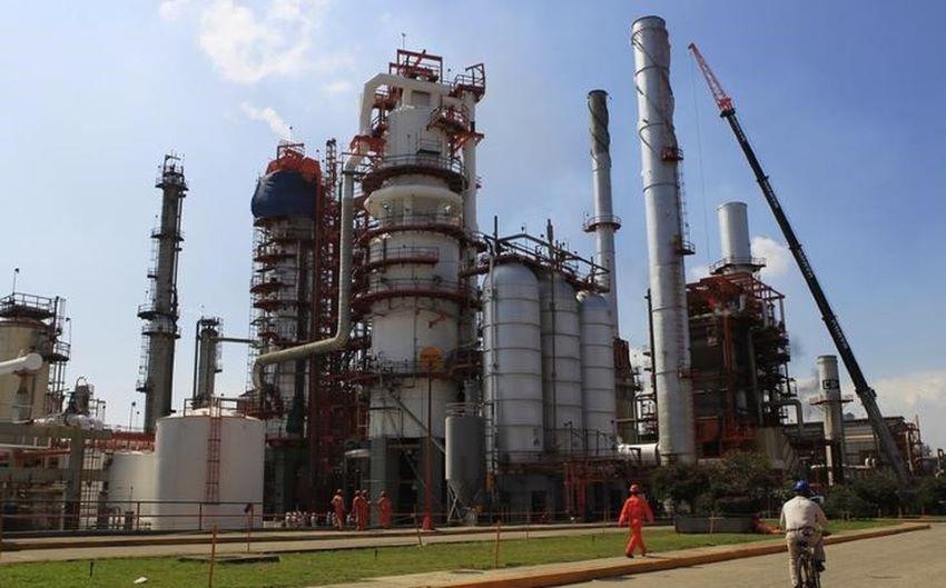 A Pemex oil refinery in Tula, Hidalgo