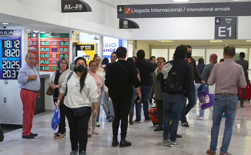 The international arrivals gate at Mexico City airport.