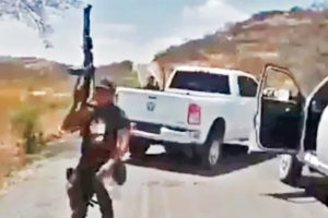 Cartels control highway access to Tierra Caliente municipality.