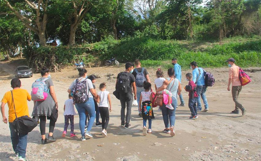 Migrants arrive in Chiapas after crossing the Usumacinta River.