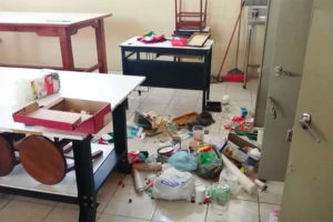 A school in Veracruz after it was looted by thieves.