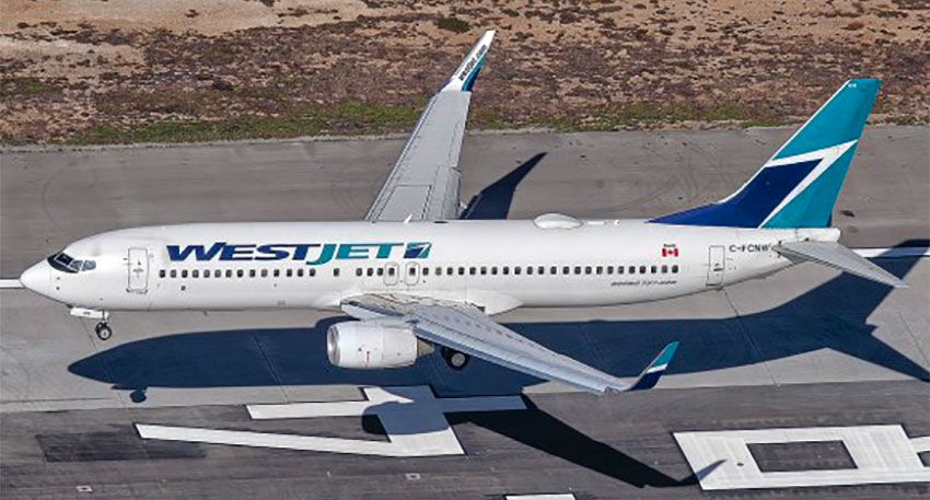 Canadian airlines extend their suspension of Mexico flights  image