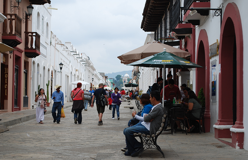 View of Real de Guadalupe, the main tourist corridor in San Cristóbal