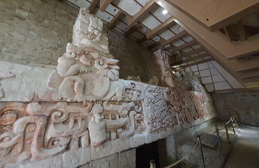 Balamku's frieze