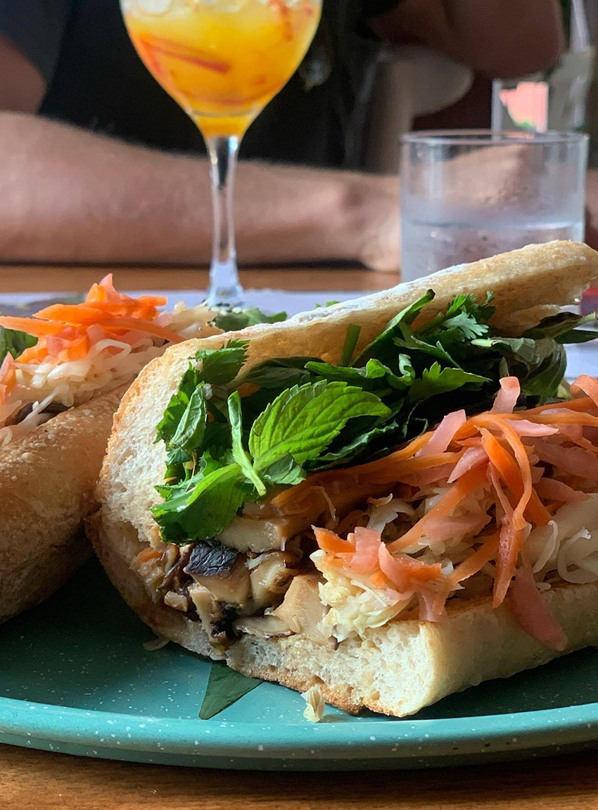 Banh Mi sandwich, Olibong restaurant