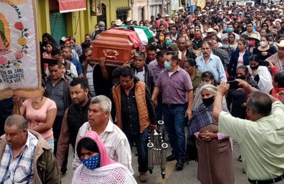 Funeral for José Melquiades, the former mayor of La Perla, Veracruz