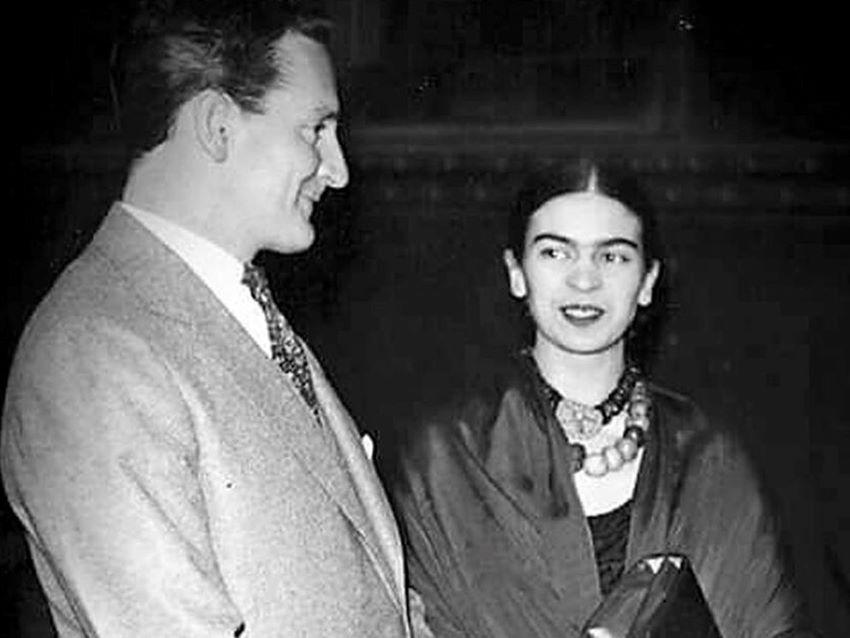 The real-life Josep Bartoli and Frida Kahlo.