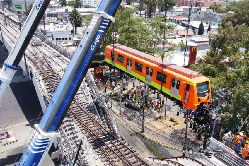 Final car of derailed Metro Line 12