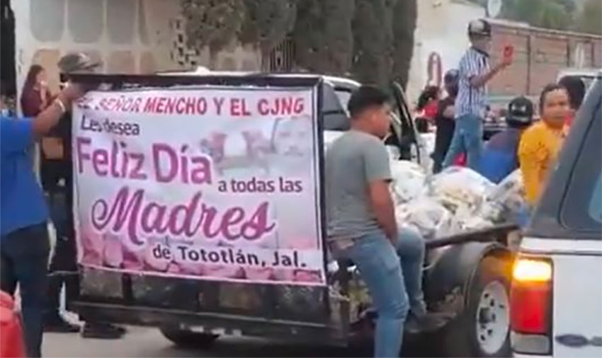 A trailer load of gifts for moms in Tototlán, Jalisco.