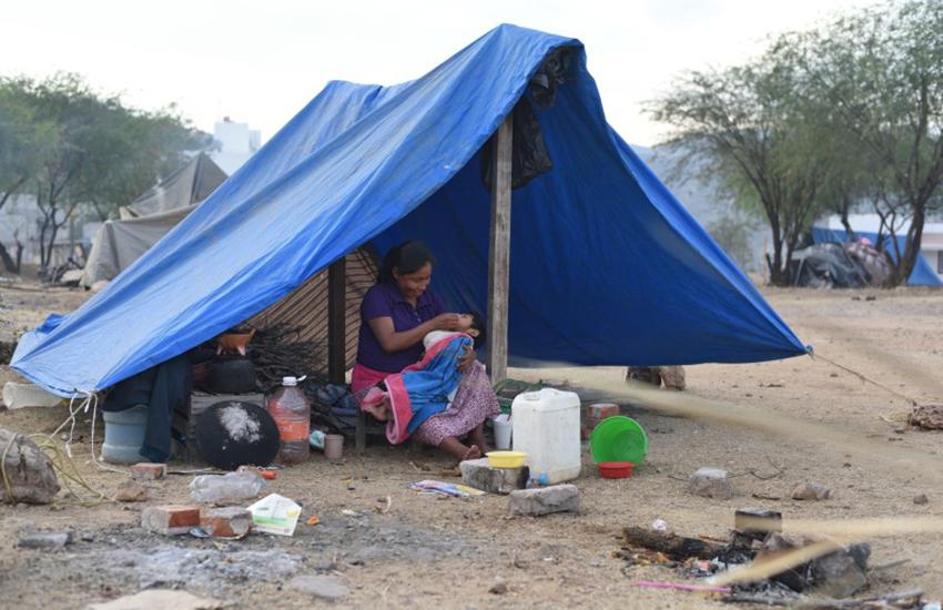 Mexicano en la pobreza