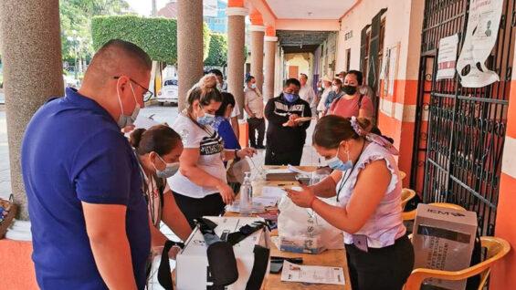 Voting in Aguililla, Michoacan