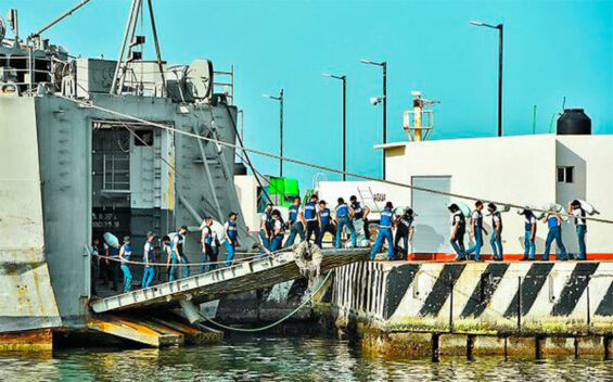 Supplies are loaded aboard a Mexican navy ship bound for Cuba.