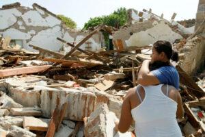 Earthquake victims in Oaxaca in 2017.