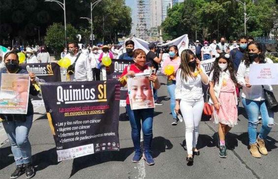 Saturday's march against medicine shortages Saturday in Mexico City