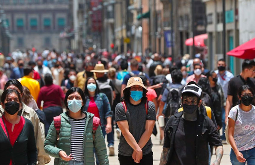 Masked pedestrians in Mexico City