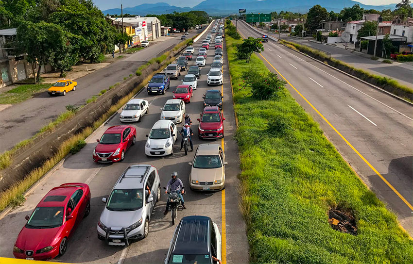 Traffic backed up Saturday on the Colima-Guadalajara highway.